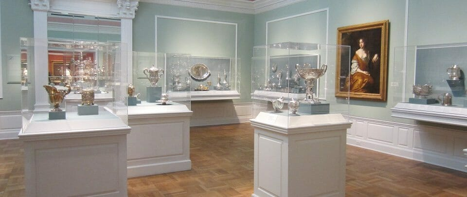Portland_Art_Museum_interior_(September_2013)_-_3