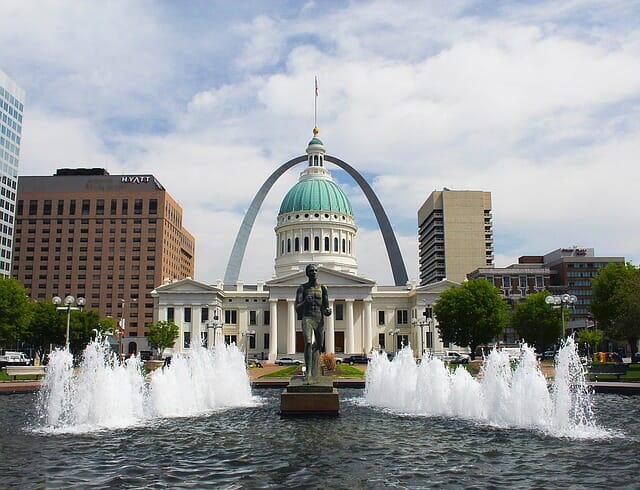 1-Day STL Educational Tour